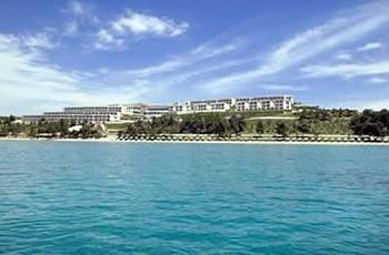 water sky property Nature marina shore Resort dock panorama day