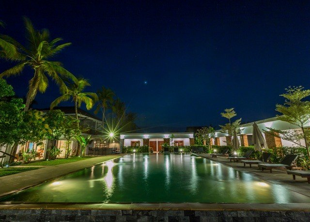 swimming pool night Resort arecales River Nature condominium landscape lighting cityscape long