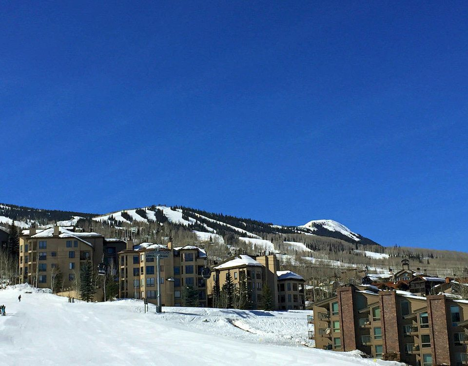 snow sky Winter weather Town mountain mountain range Resort residential area Nature slope piste