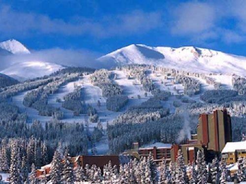snow sky mountain Nature geological phenomenon Resort piste Winter season mountain range winter sport panorama