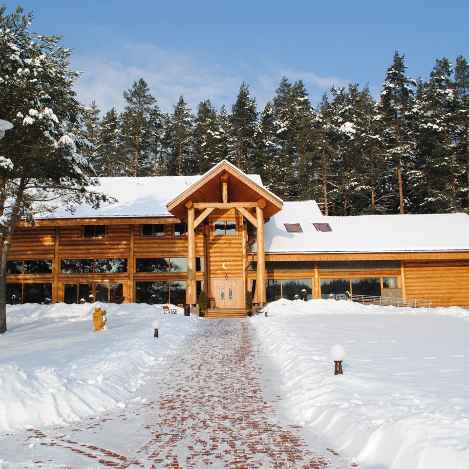 tree snow sky Winter weather Nature Resort house season home log cabin ice rink sugar house piste slope