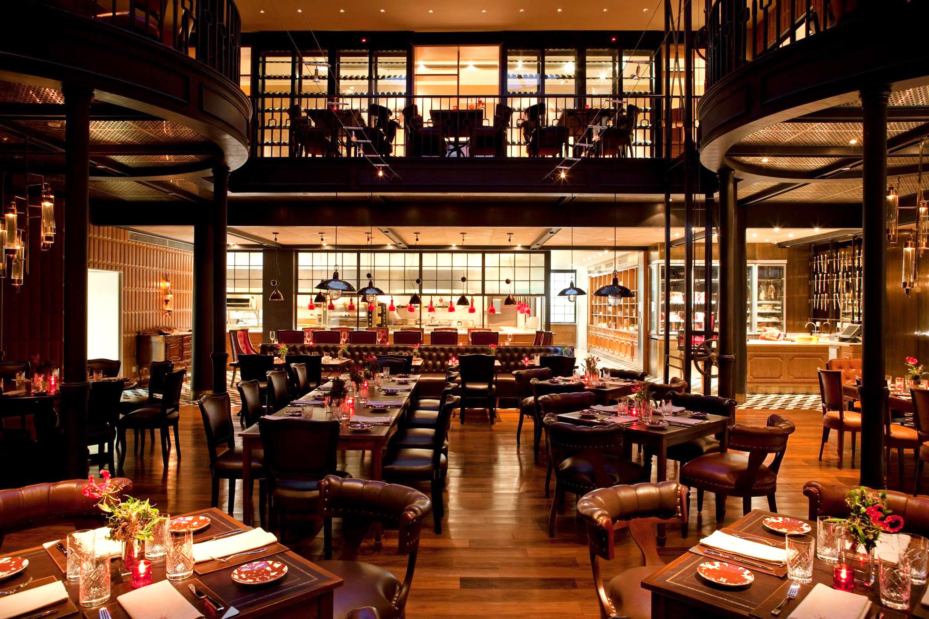 Bar Dining Drink Eat Modern Trip Ideas table indoor restaurant café meal interior design furniture several dining room