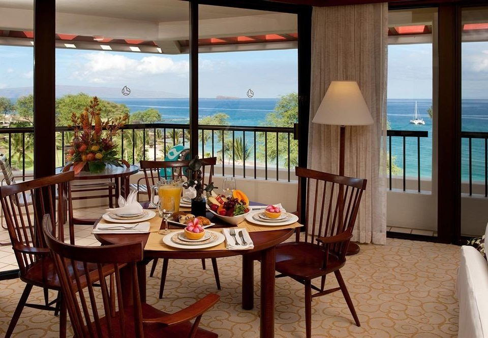 chair property Resort home Ocean condominium Villa restaurant cottage Suite overlooking
