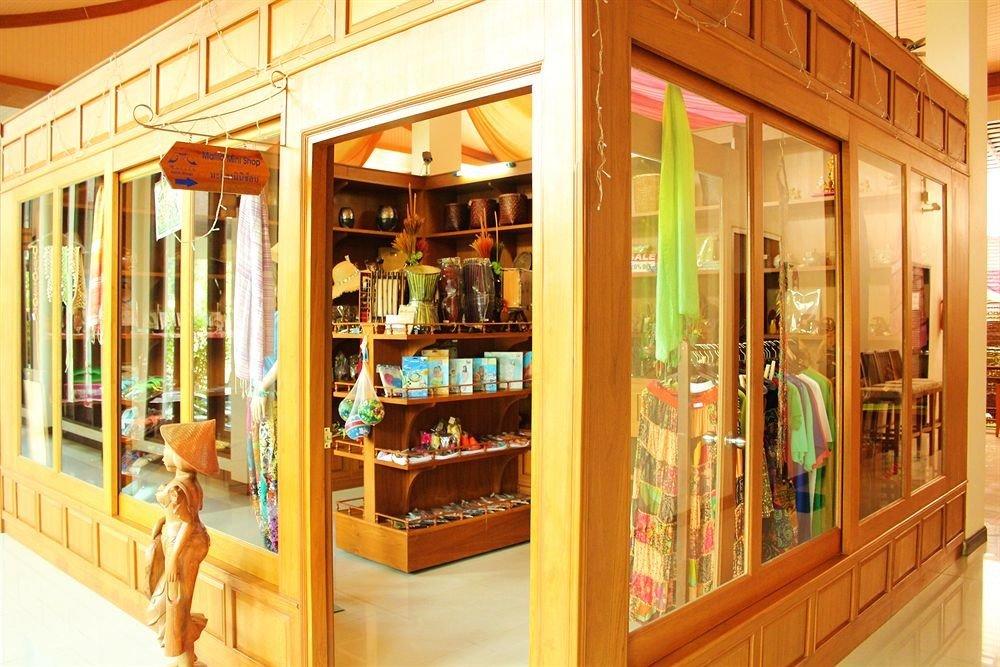 store shelf retail outdoor structure open
