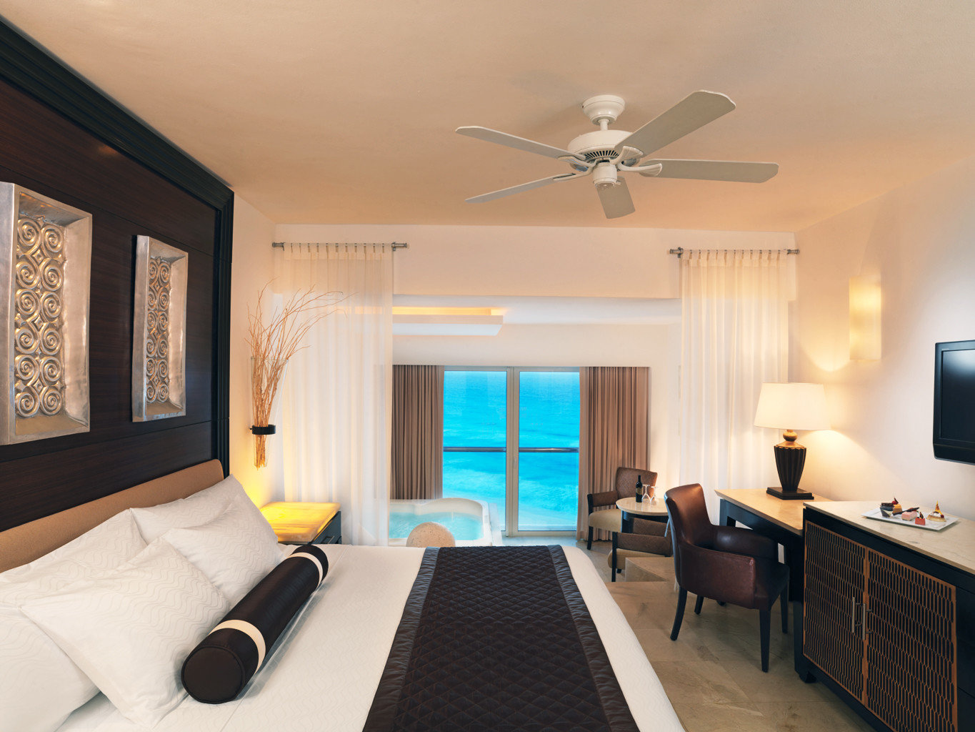 All-Inclusive Resorts Hotels Romance indoor wall room ceiling floor property bed Living window Suite Bedroom living room estate hotel interior design real estate furniture cottage Design Villa condominium apartment decorated area