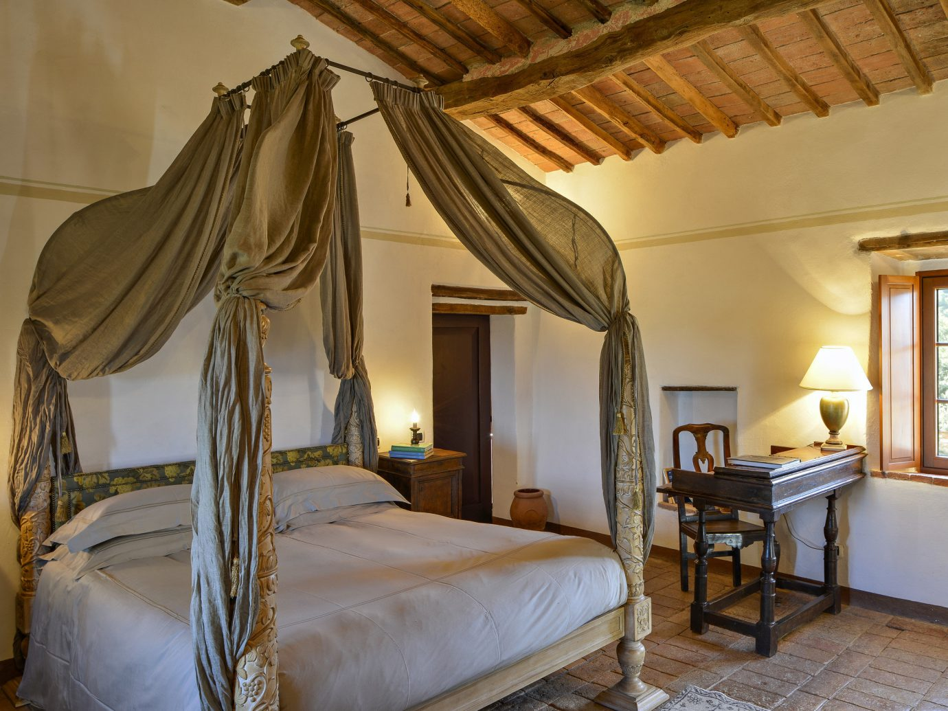 Hotels Luxury Travel indoor wall bed floor room Bedroom estate Suite ceiling real estate furniture interior design