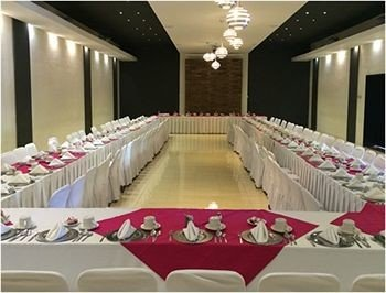 function hall banquet ceremony wedding quinceañera auditorium conference hall Party event ballroom aisle convention center colored