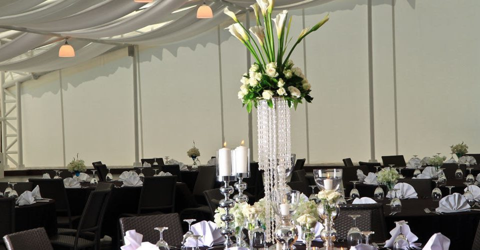 function hall banquet ceremony wedding floristry Party flower arranging centrepiece wedding reception ballroom floral design aisle flower dining table