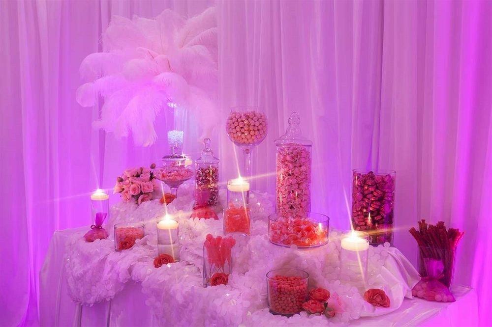 curtain pink quinceañera centrepiece purple flower petal Party arranged