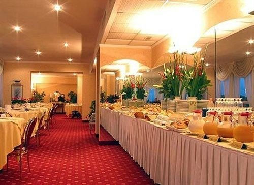 function hall banquet restaurant Party convention center ballroom long buffet line lined set