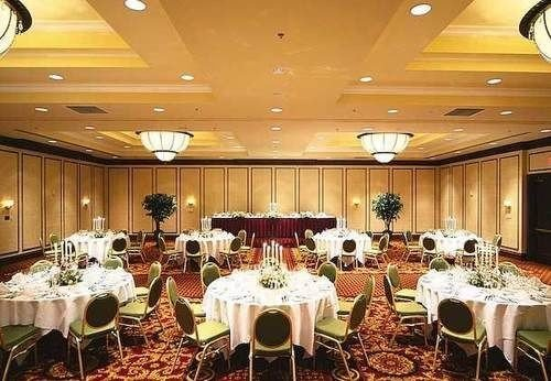 function hall banquet conference hall ballroom Party wedding reception convention center restaurant set dining table