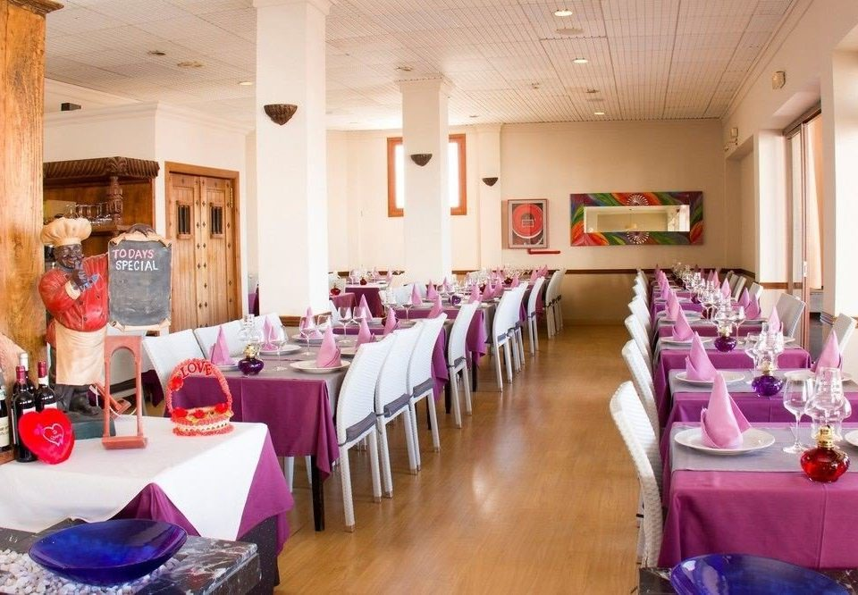 restaurant function hall Party brunch lunch