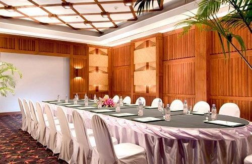 function hall banquet conference hall restaurant Party convention center ballroom Resort long dining table