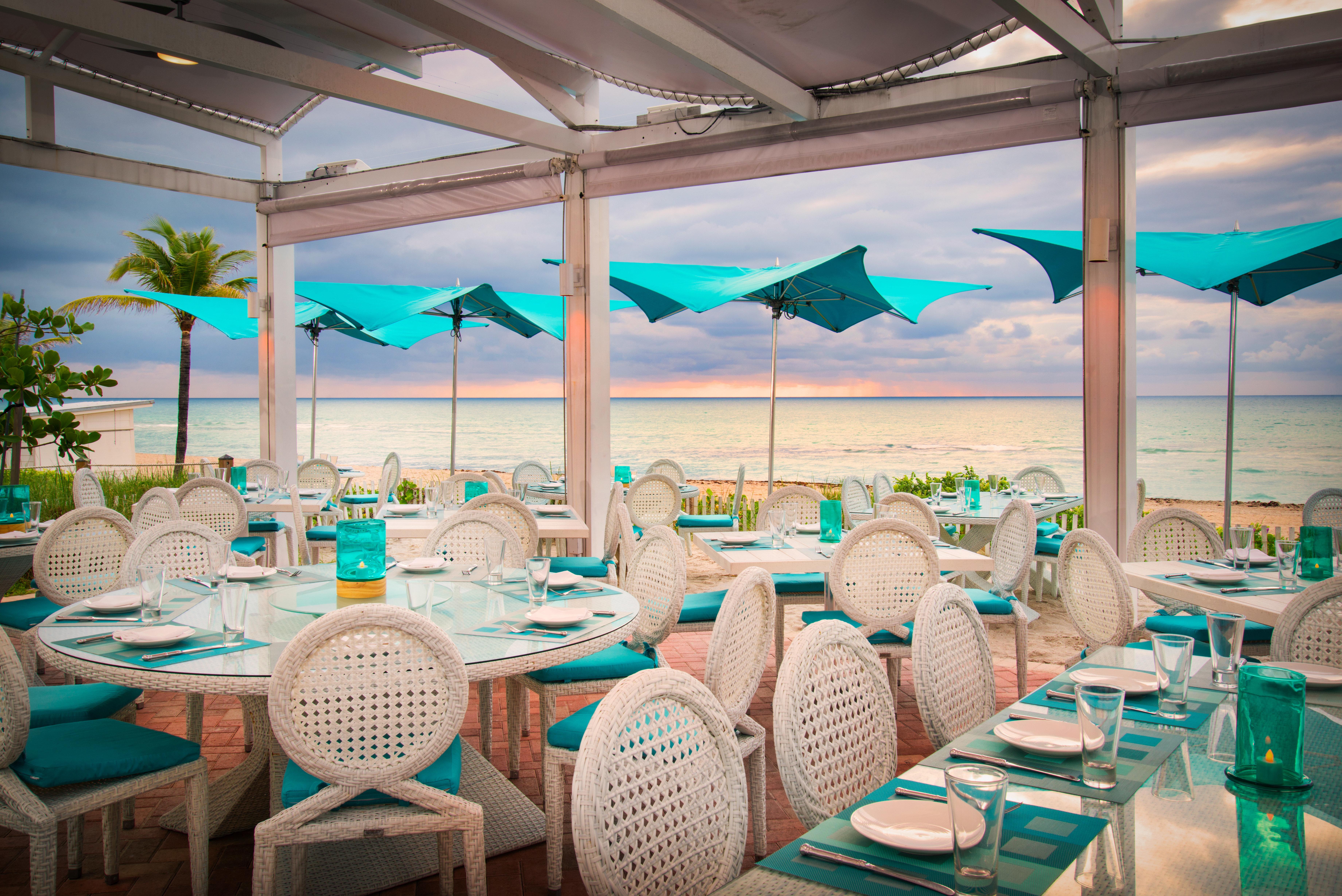umbrella chair function hall Party banquet restaurant wedding reception Resort set