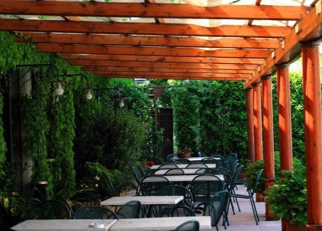 tree pergola outdoor structure park backyard canopy cottage Patio porch roof