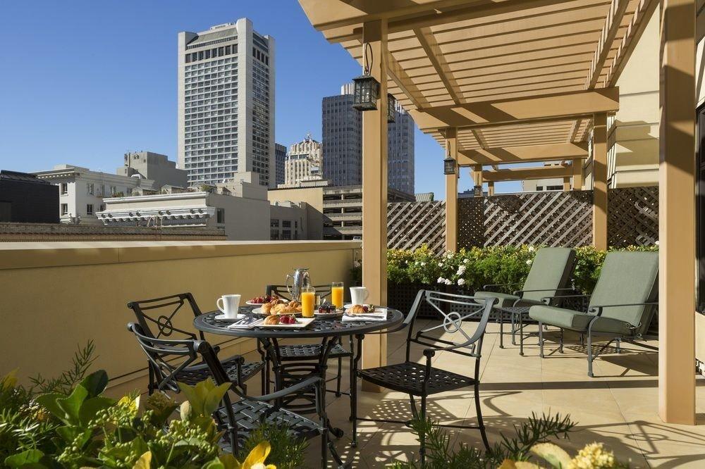 chair property condominium outdoor structure pergola residential area backyard Patio