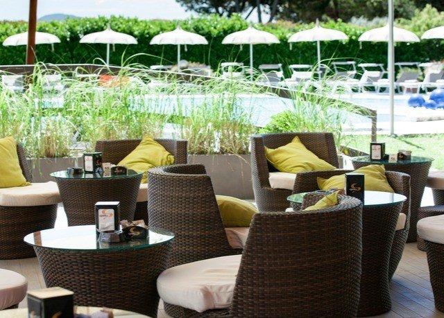 chair Resort restaurant living room outdoor structure Patio set