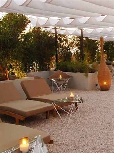 tree property Villa outdoor structure backyard Patio