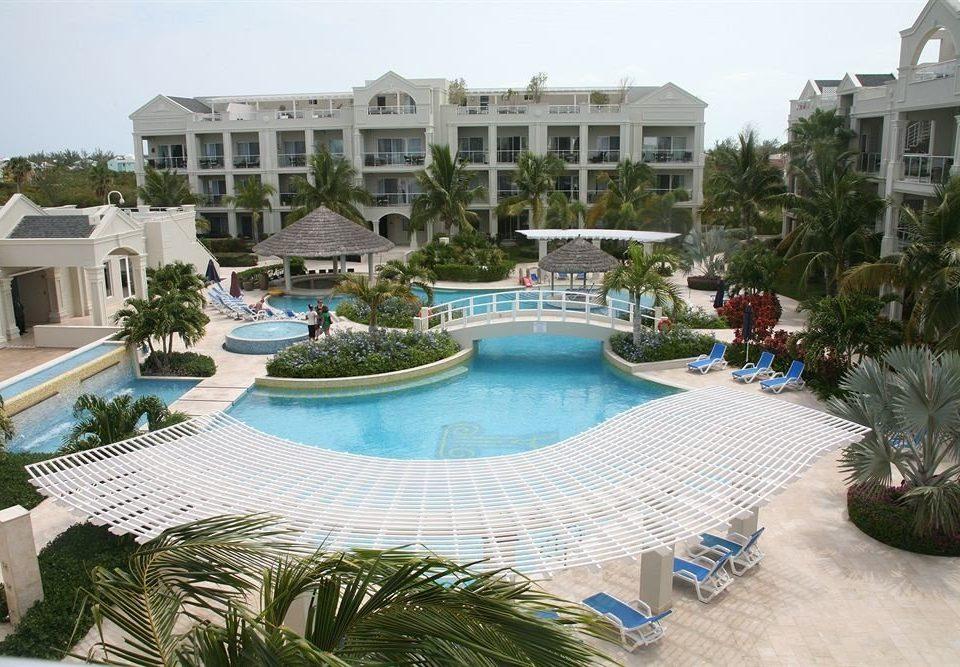 Play Pool Resort building property condominium swimming pool leisure Villa palace mansion resort town plaza marina backyard