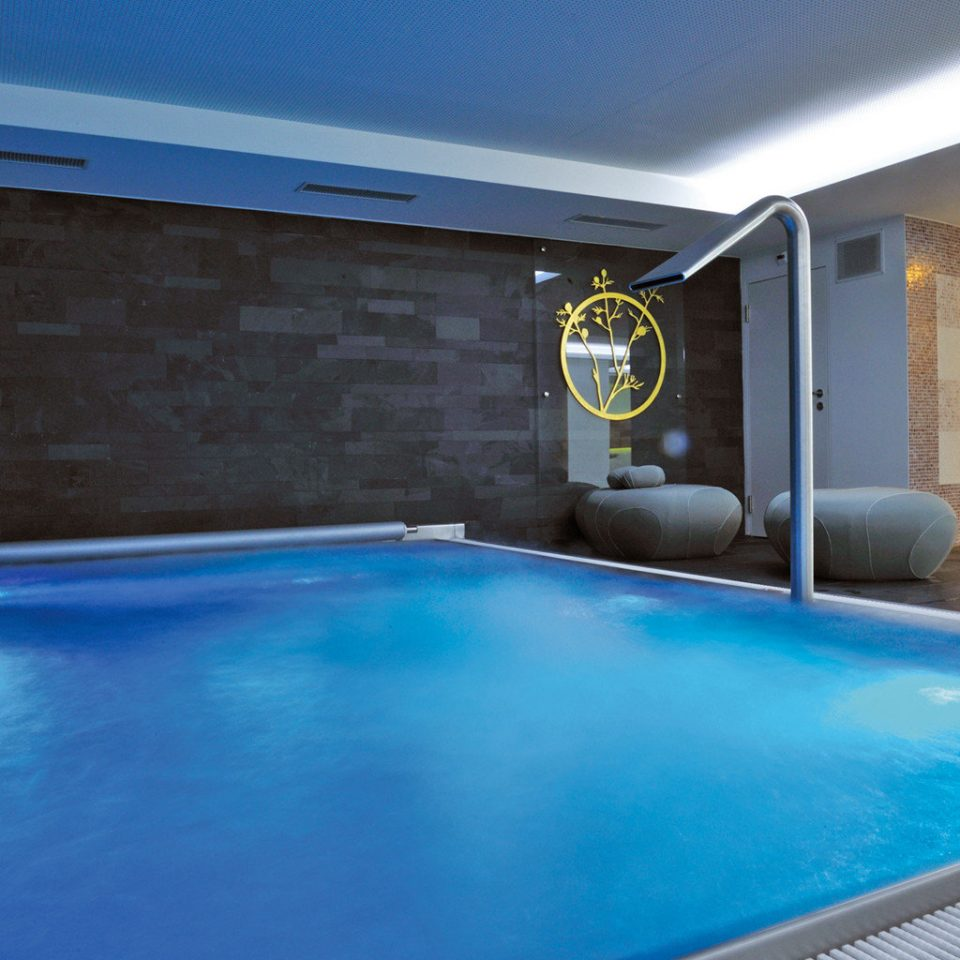Play Pool Resort swimming pool property blue leisure leisure centre Villa jacuzzi