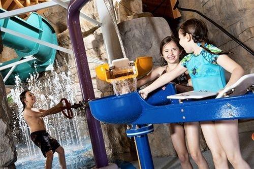 leisure Play Water park amusement park blue