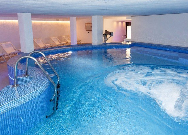 water swimming pool leisure blue Pool jacuzzi swimming