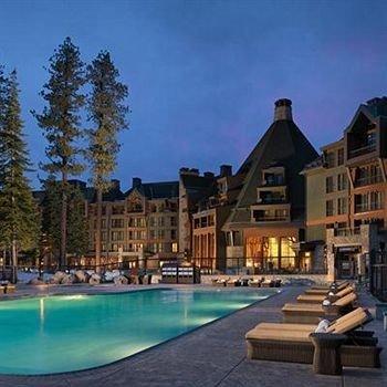 property Resort condominium Pool home swimming pool mansion swimming