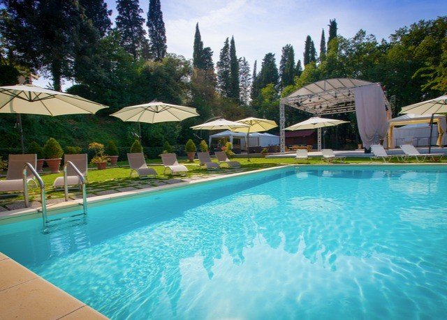 tree swimming pool property Resort leisure Villa blue Pool resort town backyard swimming