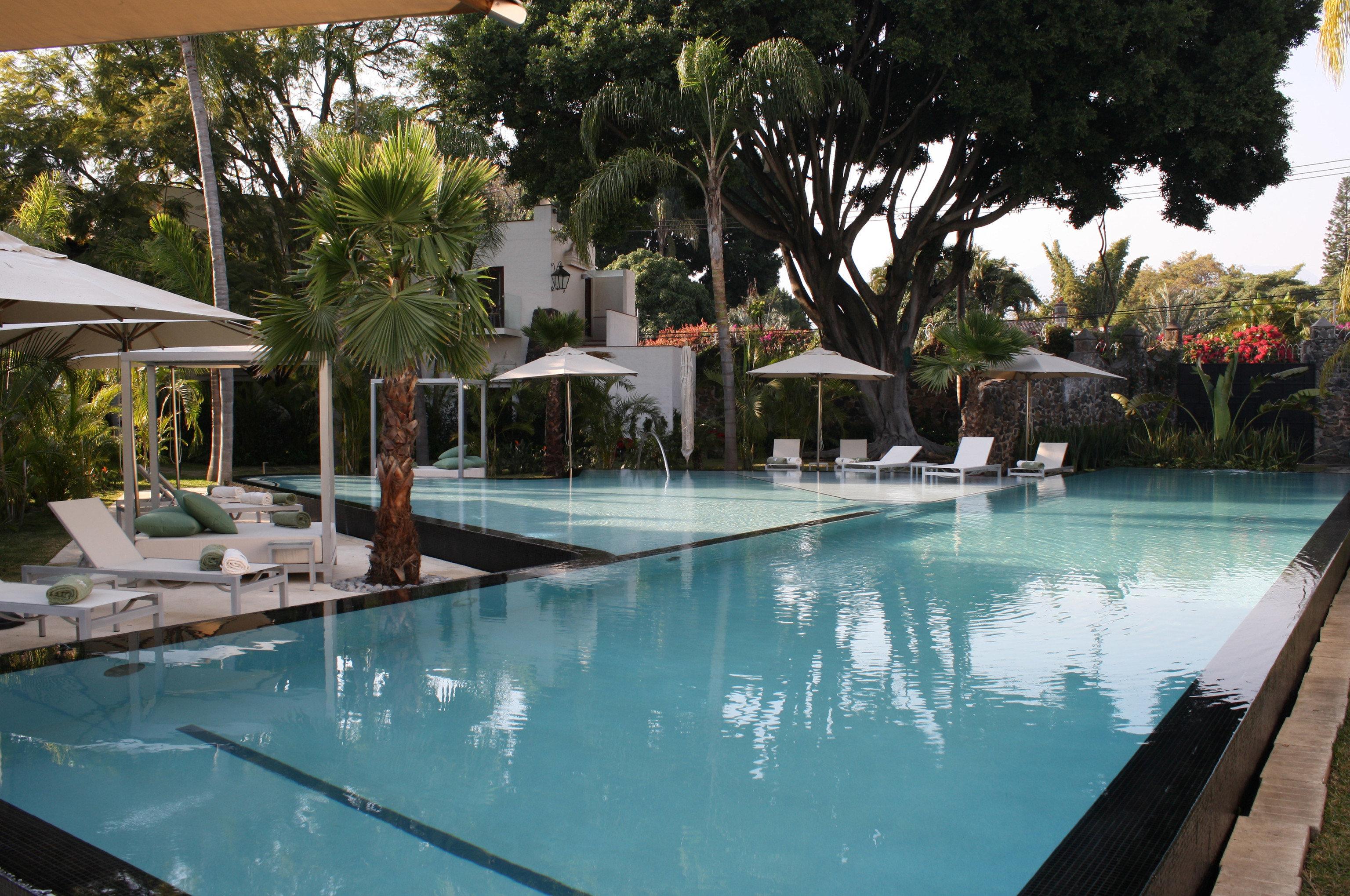 tree swimming pool property leisure Resort Villa backyard condominium Pool