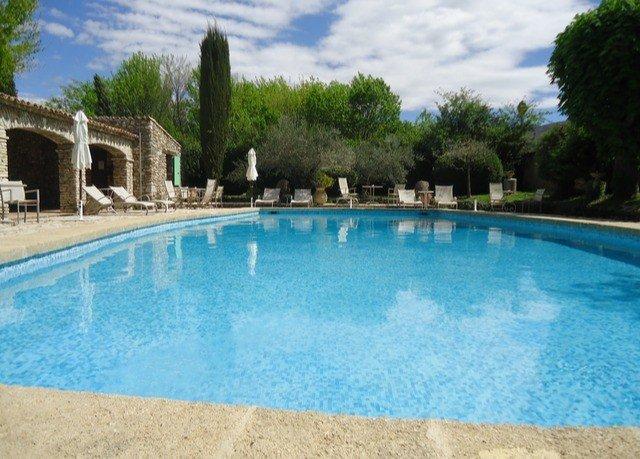 tree Pool swimming pool property building Resort swimming Villa backyard