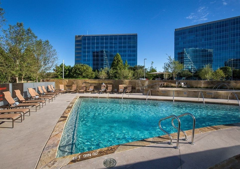 sky ground Pool swimming pool property leisure condominium Resort reflecting pool blue plaza backyard Villa swimming