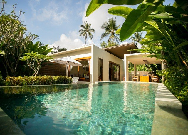 tree swimming pool property Resort leisure Villa condominium green plant home hacienda backyard caribbean mansion eco hotel Pool