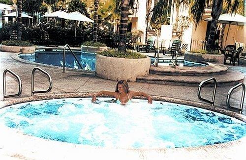 Resort swimming pool leisure property Pool bathtub backyard jacuzzi Villa swimming vessel