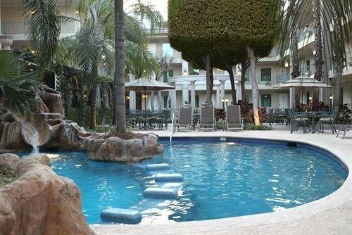 Pool water swimming pool property Resort resort town condominium backyard Villa swimming