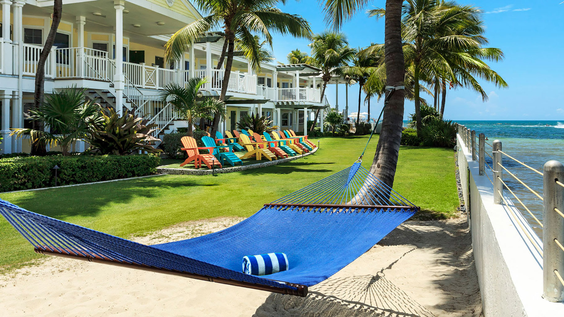 grass leisure swimming pool Pool Resort walkway backyard lawn park Villa palm