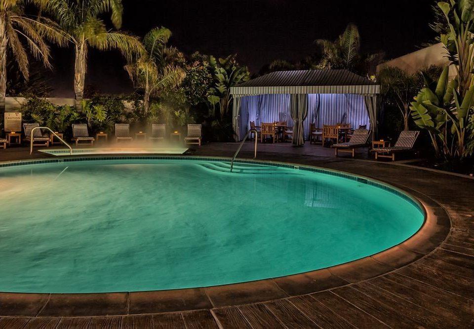 Pool swimming pool property riding Resort trampoline backyard ramp swimming night mansion Villa landscape lighting empty half