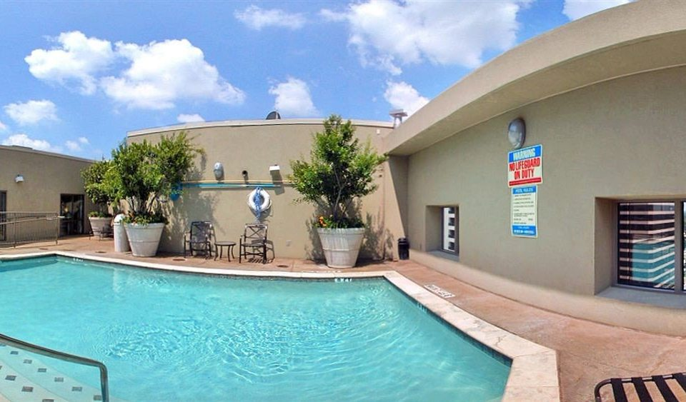 sky swimming pool property Resort Pool building Villa leisure leisure centre condominium home hacienda mansion blue swimming