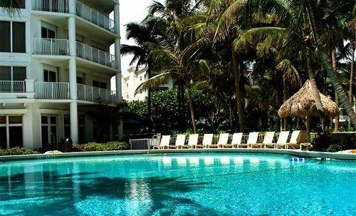 water Resort Pool tree swimming swimming pool property building condominium leisure blue Villa resort town mansion eco hotel