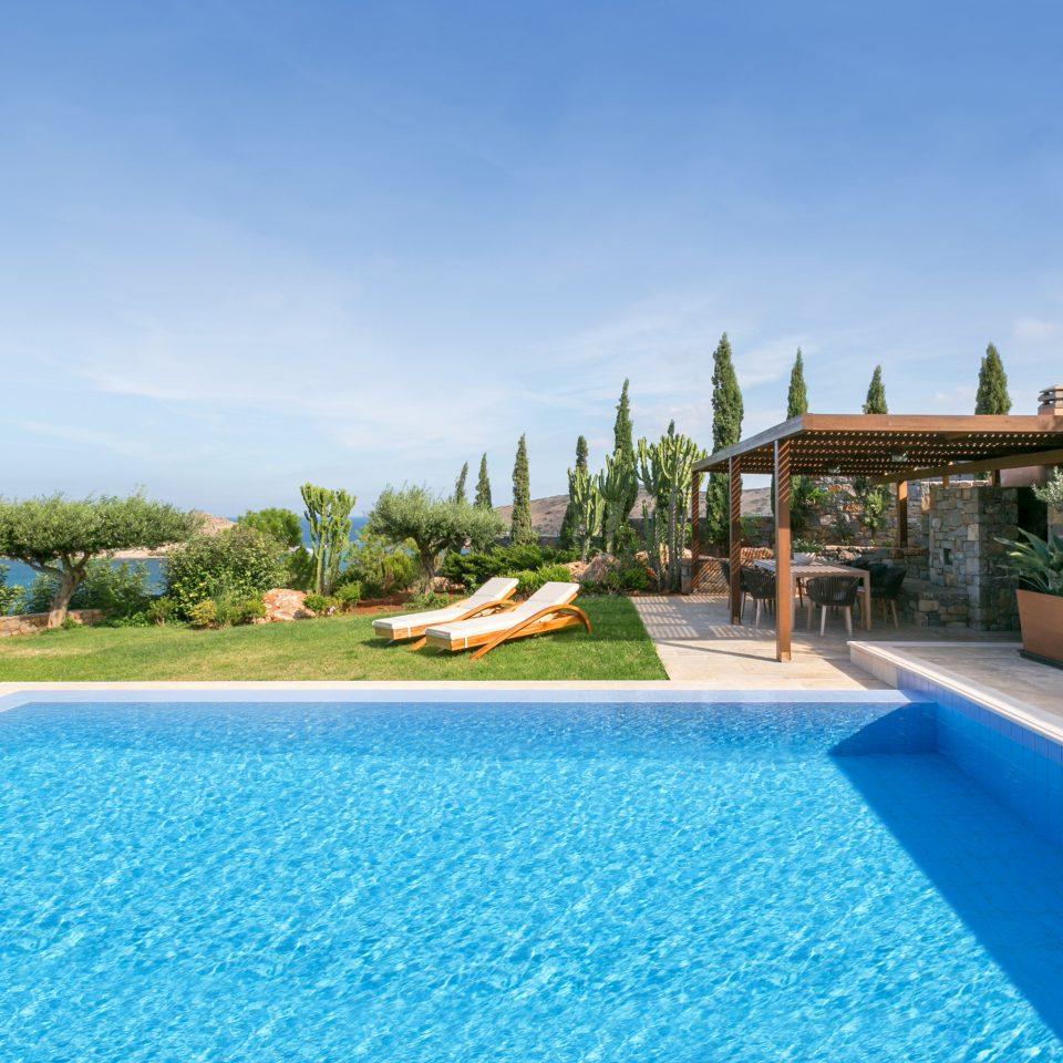 sky water swimming pool Pool property leisure Resort Villa resort town blue mansion swimming