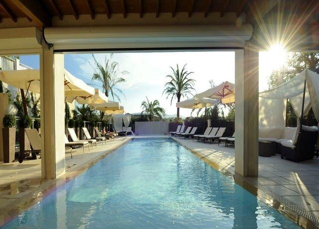 building swimming pool Resort leisure property Pool Villa mansion hacienda condominium