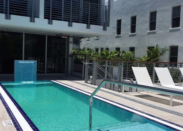 building swimming pool condominium property Pool leisure centre reflecting pool Villa mansion Resort