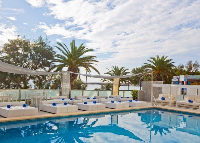 swimming pool property Resort leisure condominium resort town Villa Pool swimming