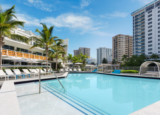 sky condominium swimming pool property leisure Pool Resort reflecting pool Villa marina