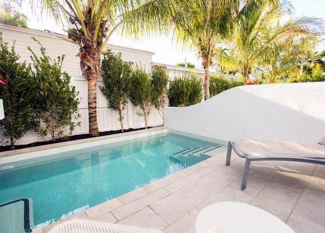 tree swimming pool property Villa leisure Resort condominium Pool