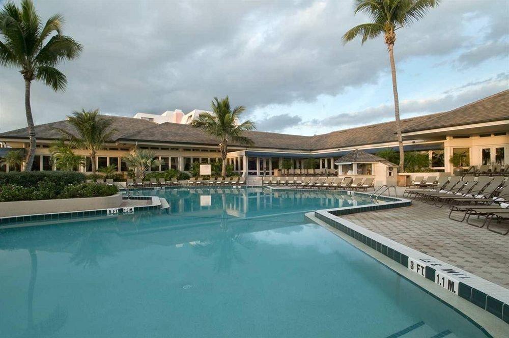 swimming pool property Resort condominium Pool leisure leisure centre Villa palm resort town mansion