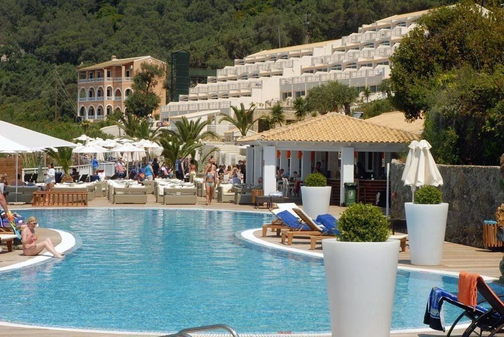 tree leisure property Resort swimming pool Pool resort town Villa Village swimming