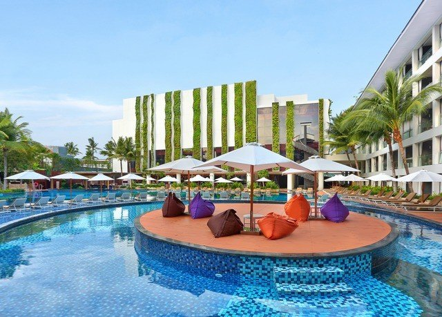 sky water Pool swimming pool leisure Resort property condominium building Water park amusement park blue resort town swimming Villa park