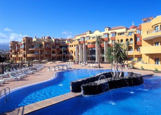 sky building Resort swimming pool property leisure condominium marina plaza resort town Pool dock blue Water park palace swimming
