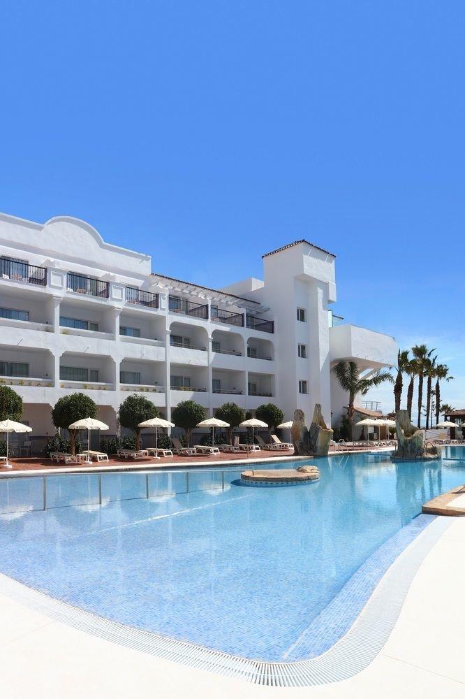 Pool swimming pool building leisure property Resort condominium marina dock Water park palace swimming colonnade
