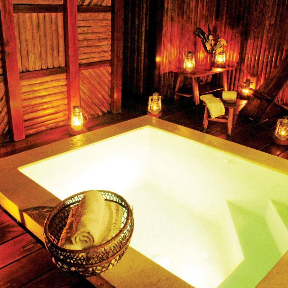 Pool Romantic Rustic Wellness screenshot